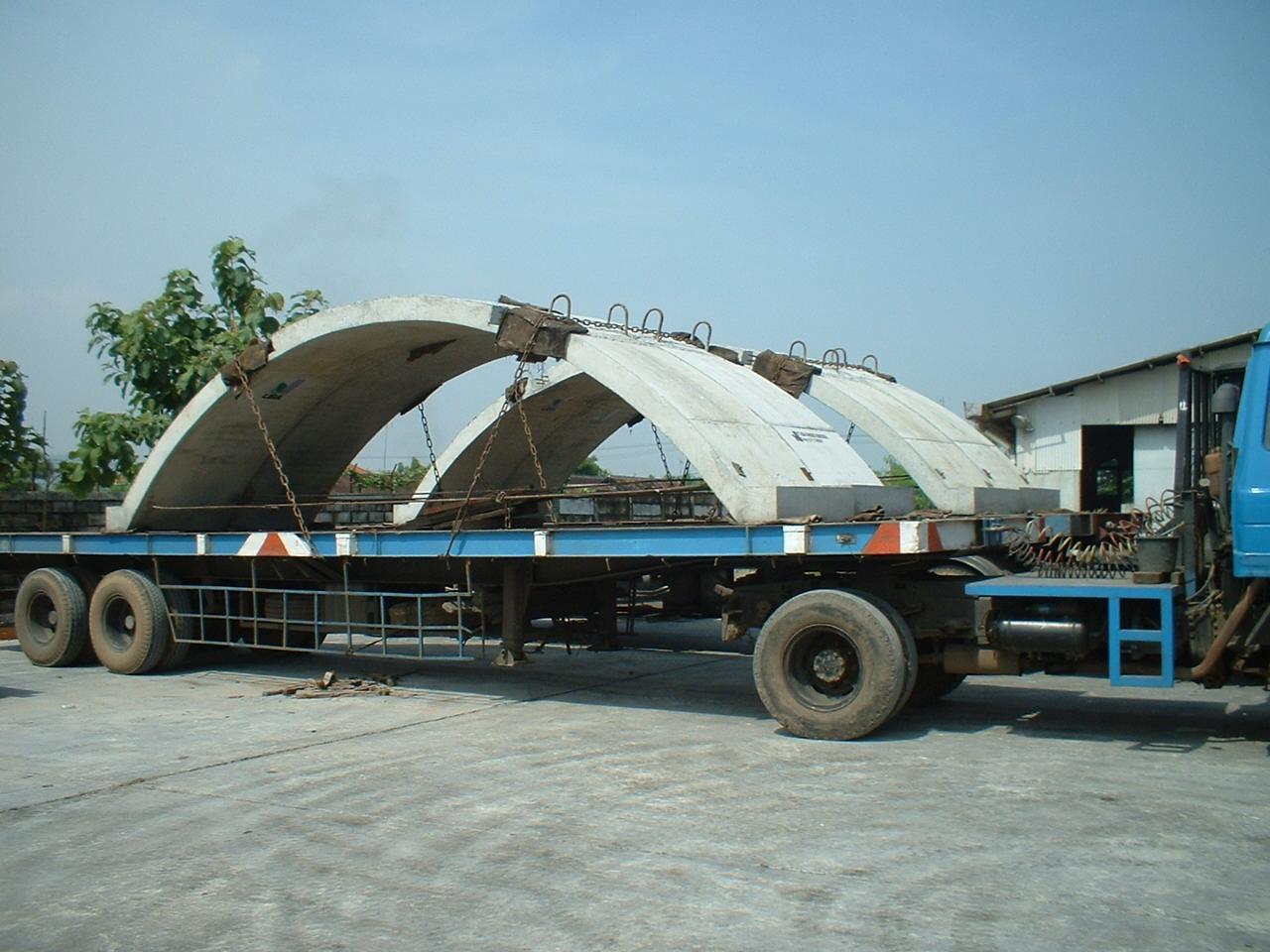 arch-culvert-on-truck